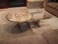 Сочетание стекла и дерева в мебели