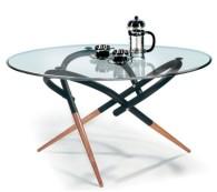 Про столы из стекла